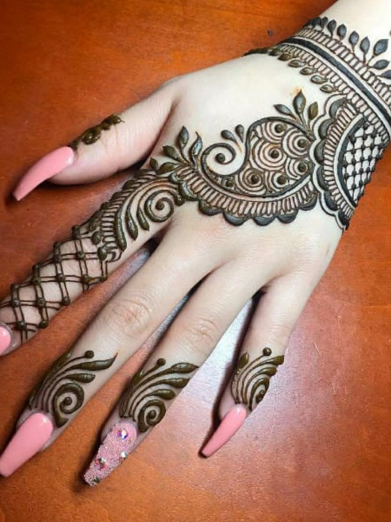 Wrist Band Arabic Mehndi  Design