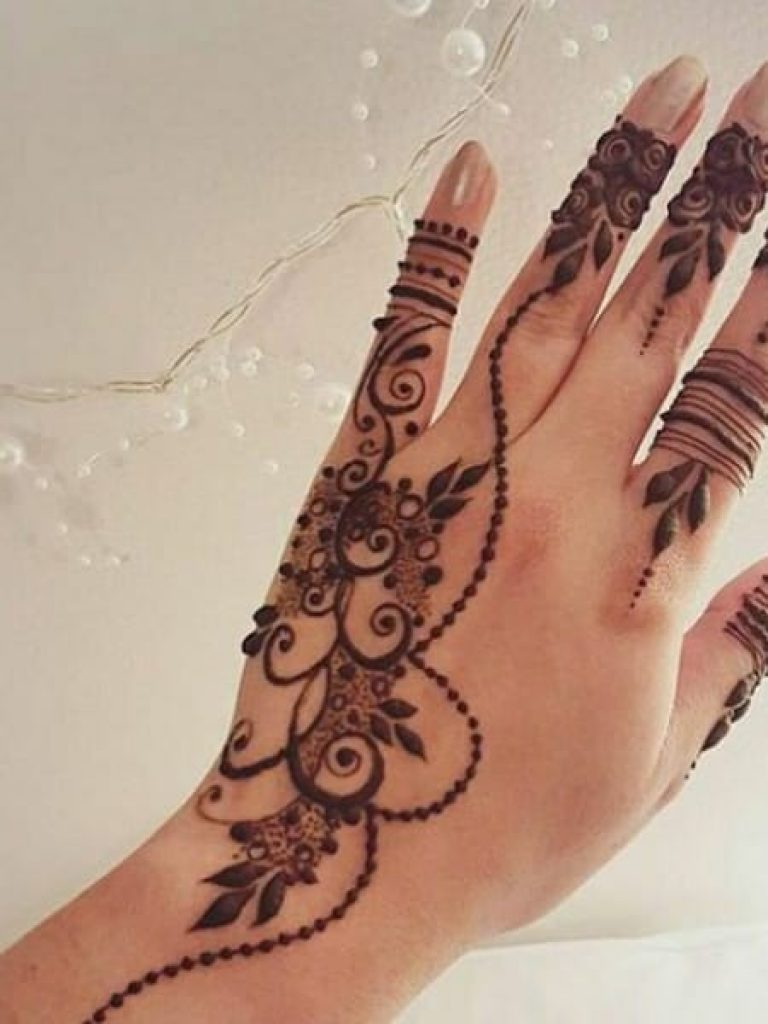 Stylish Arabic Mehndi  Design