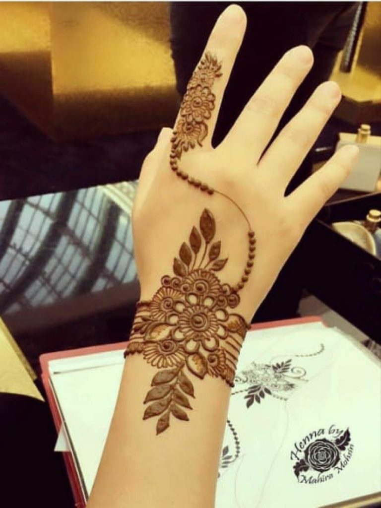 Index Finger Bel Arabic Mehndi  Design