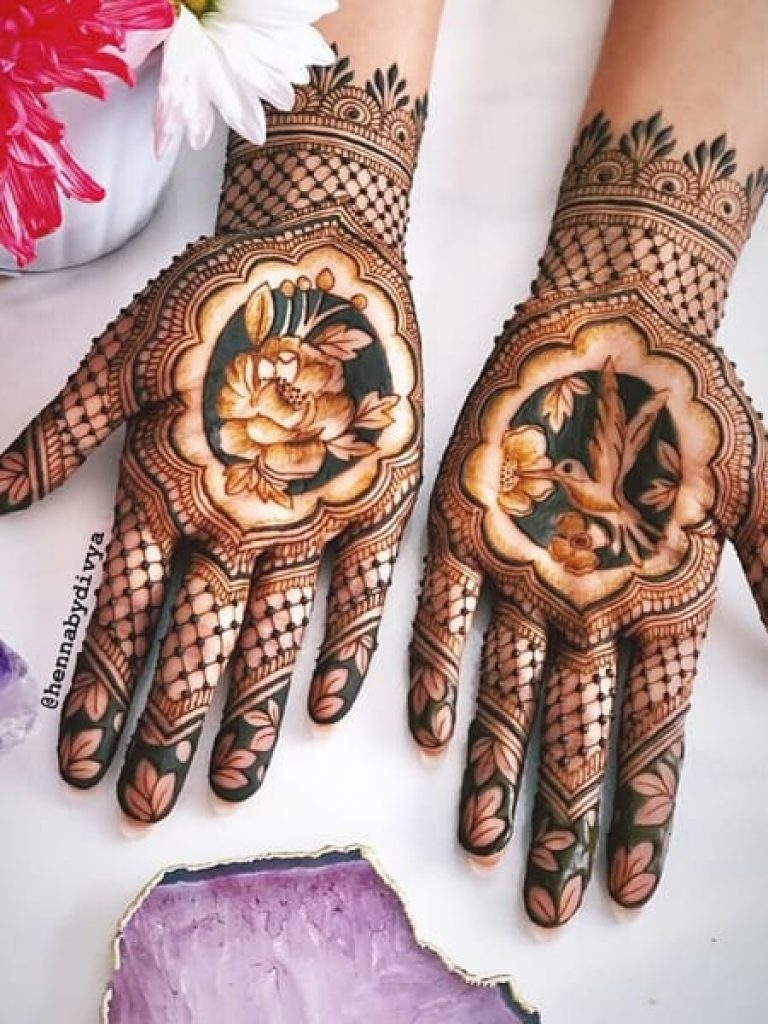 Dotted Arabic Mehndi Design