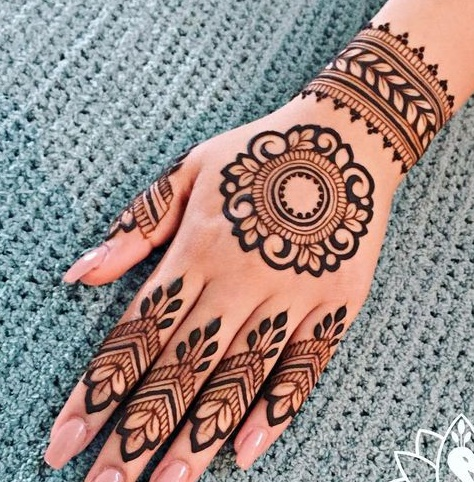 45 Trending Bangle mehndi designs for hands || Kangan mehndi designs |  Bling Sparkle