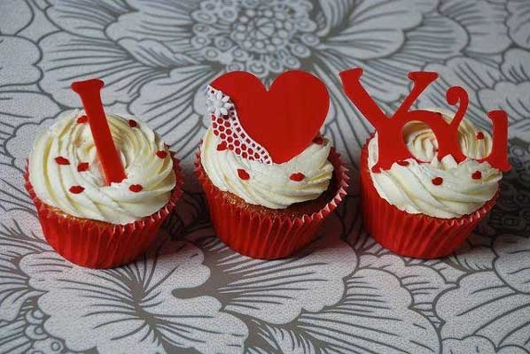 I Love You Valentine Day Cupcakes