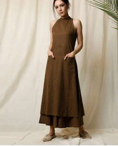 Halter Neck kurti with Keyhole front